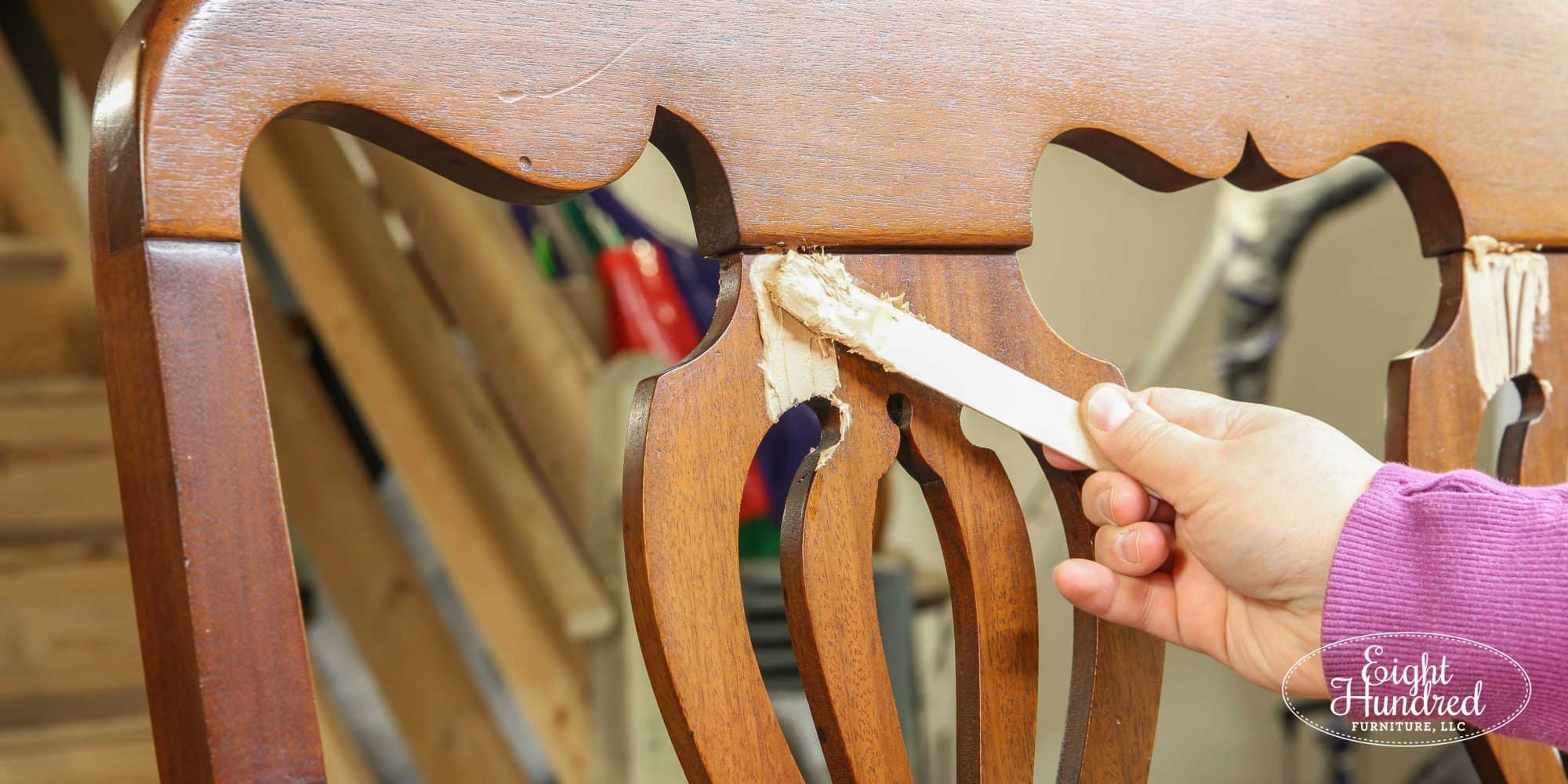 Filling a crack in a settee with Bondo