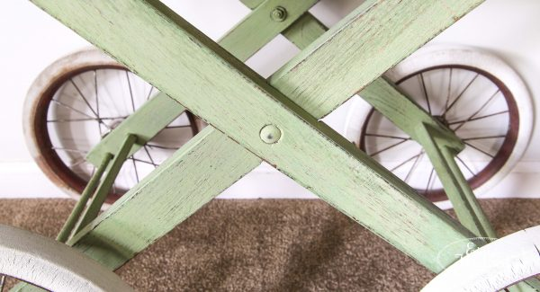 Cross bars of cart in Lucketts Green