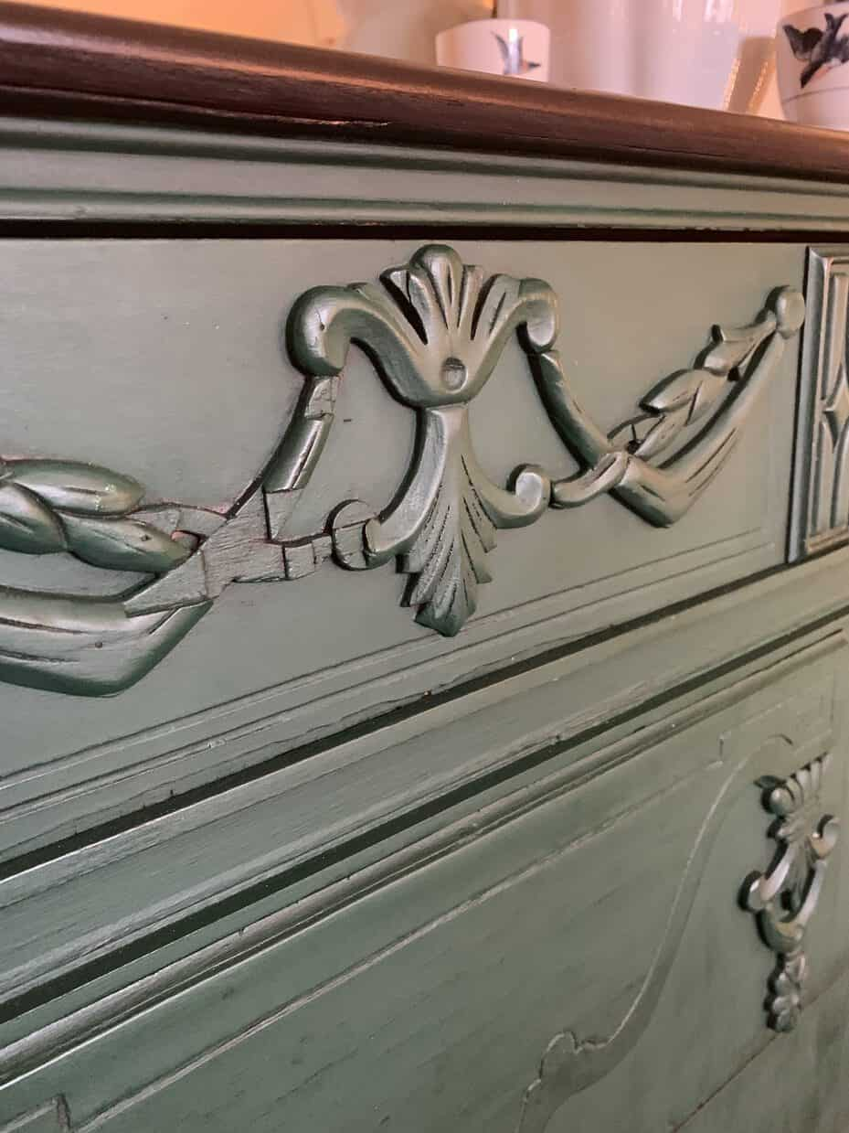 Close up on Amsterdam Green Chalk Paint dresser