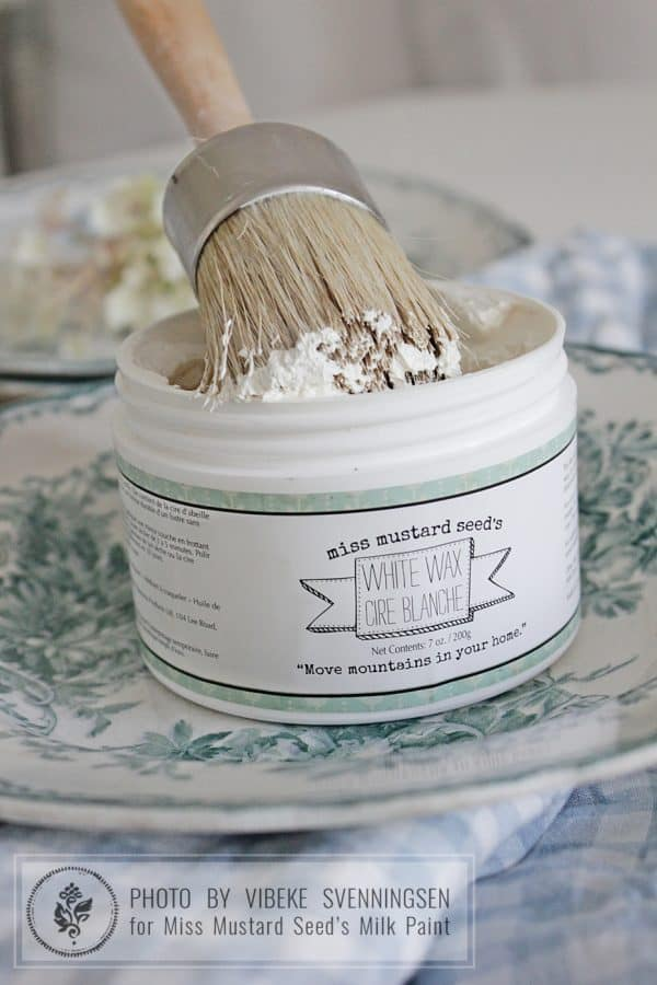 White Wax by Miss Mustard Seed's Milk Paint