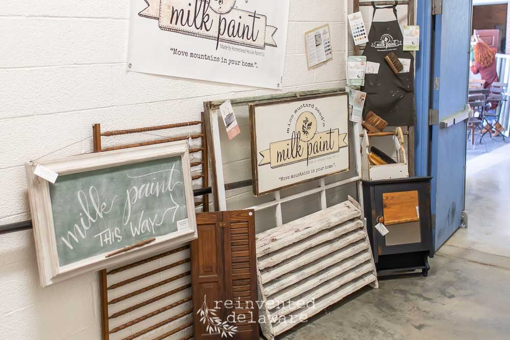 Miss Mustard Seed, Witches Fly North Antique and Artisan Show 2019, Miss Morgan's Milkweed Antiques, Eight Hundred Furniture, Jenn Baker, Cindy Rust, Reinvented Delaware, Miss Mustard Seed's Milk Paint, Lebanon Pennsylvania, Lebanon Expo Center