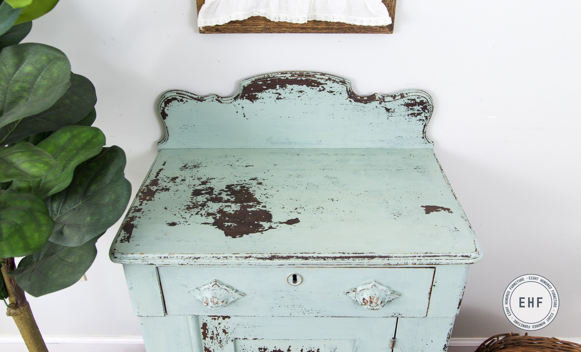 Chippy top of bespoke victorian washstand