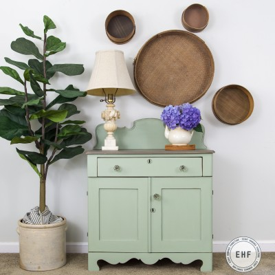 Layla's Mint Washstand Reveal