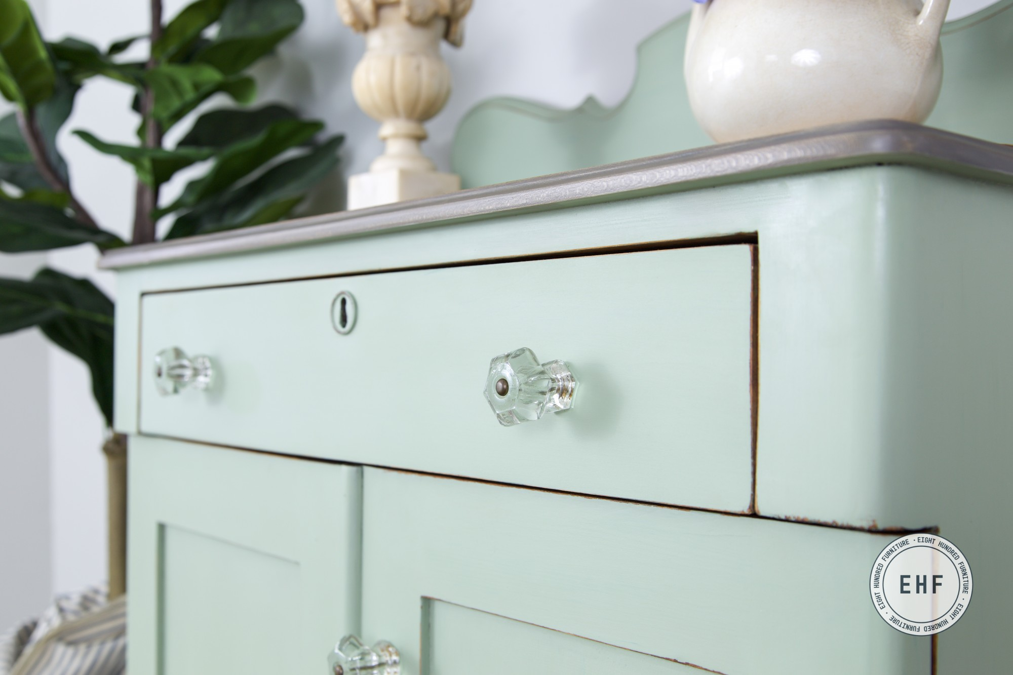 Layla's Mint, Miss Mustard Seed's Milk Paint, Beeswax, Graystone Water Based Wood Stain, General Finishes, Eight Hundred Furniture, Washstand, Glass Knobs